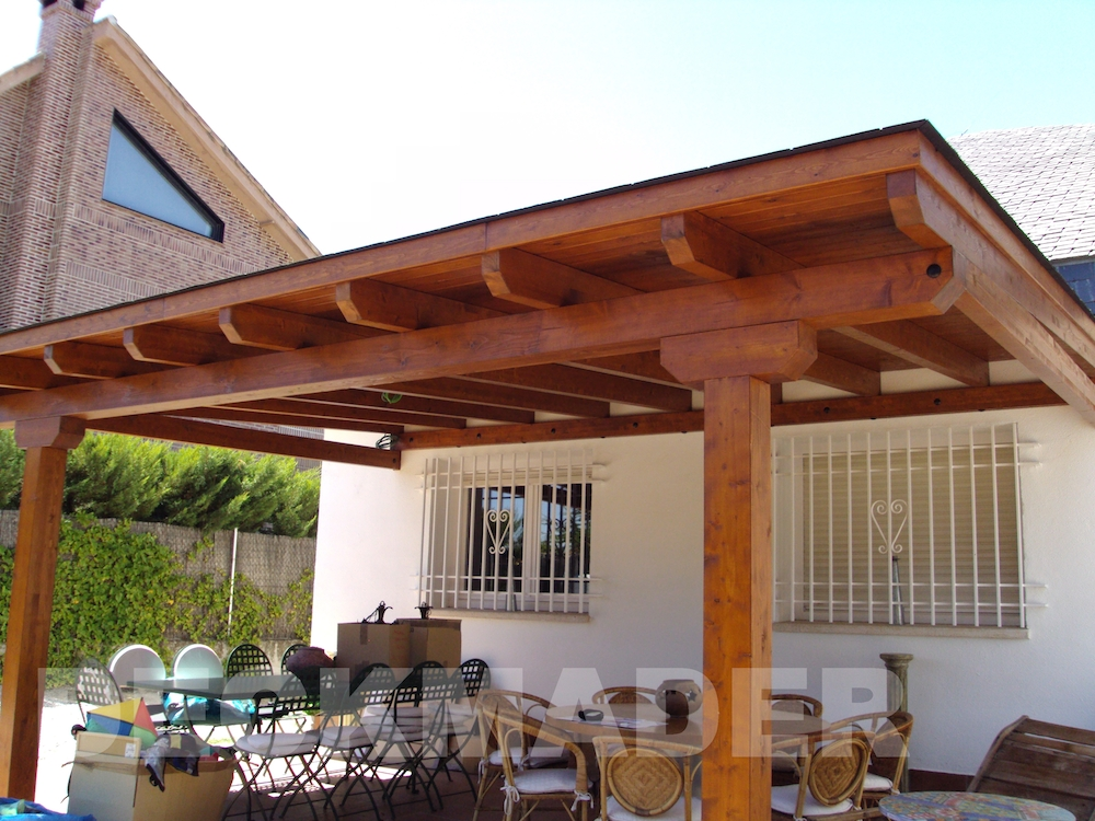 Porches de madera deckmader for Porches de madera